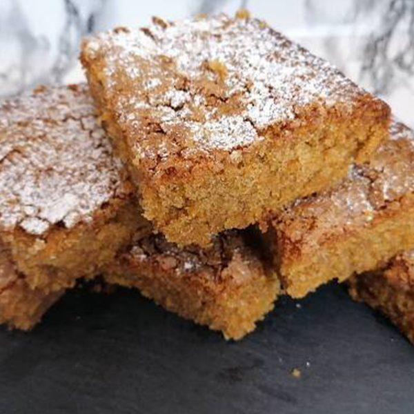Carrot and Cinnamon Bake Slices | Cakemagic | Regina Brennan
